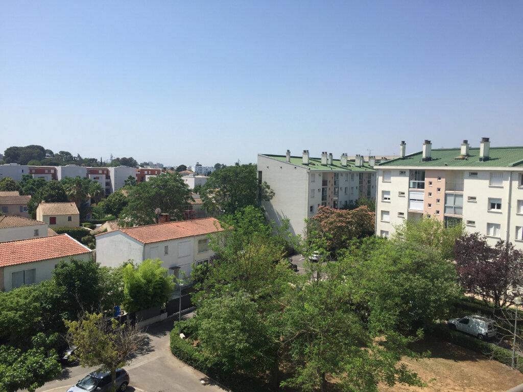 Appartement à louer 4 67.48m2 à Castelnau-le-Lez vignette-3