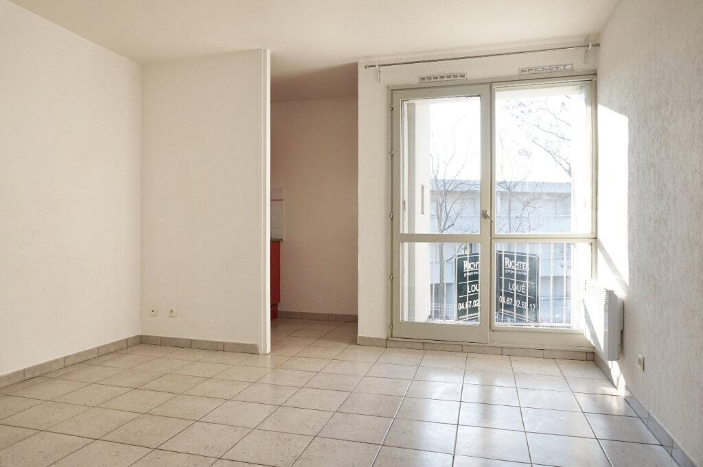 Appartement à louer 1 21.6m2 à Montpellier vignette-3