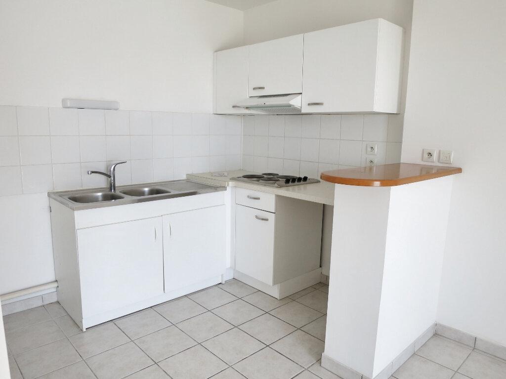 Appartement à louer 2 41.72m2 à Castelnau-le-Lez vignette-1
