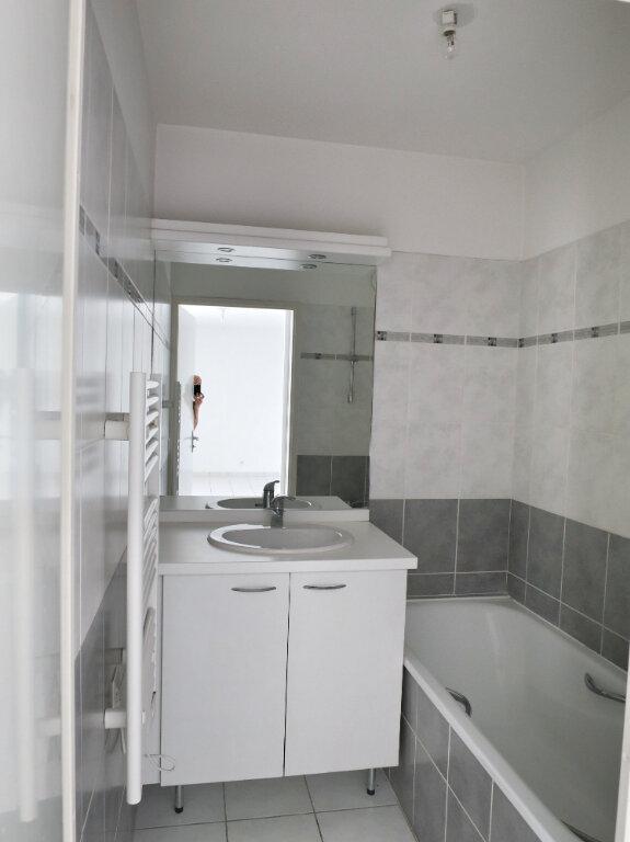 Appartement à louer 2 41.72m2 à Castelnau-le-Lez vignette-2