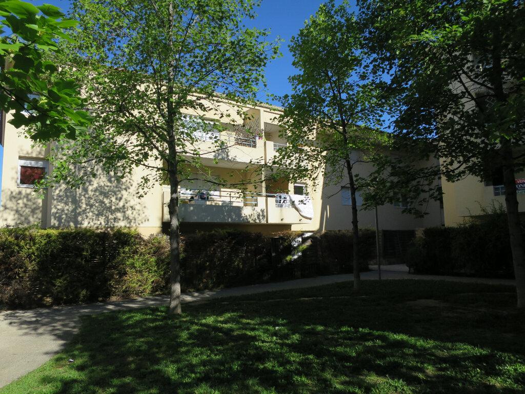 Appartement à louer 2 28.22m2 à Montpellier vignette-1