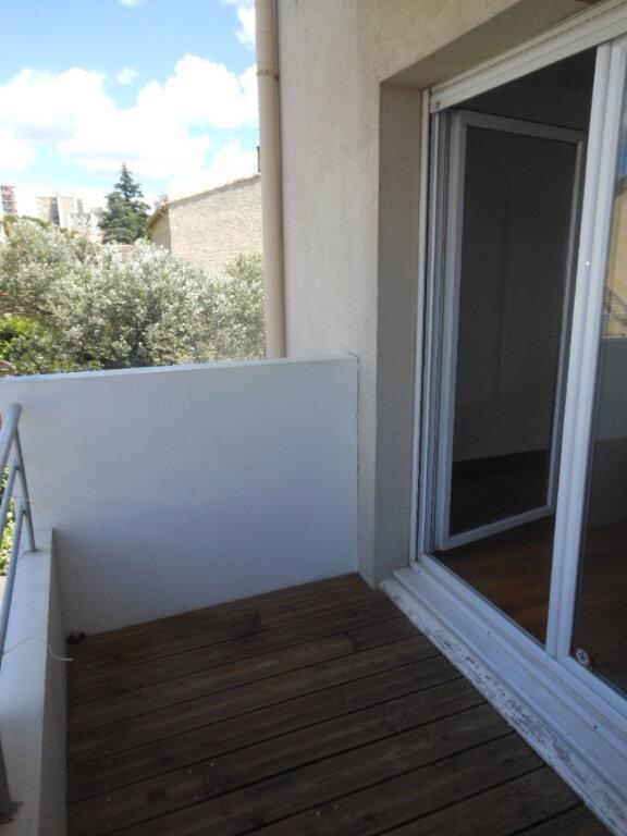 Appartement à louer 2 29.66m2 à Montpellier vignette-1