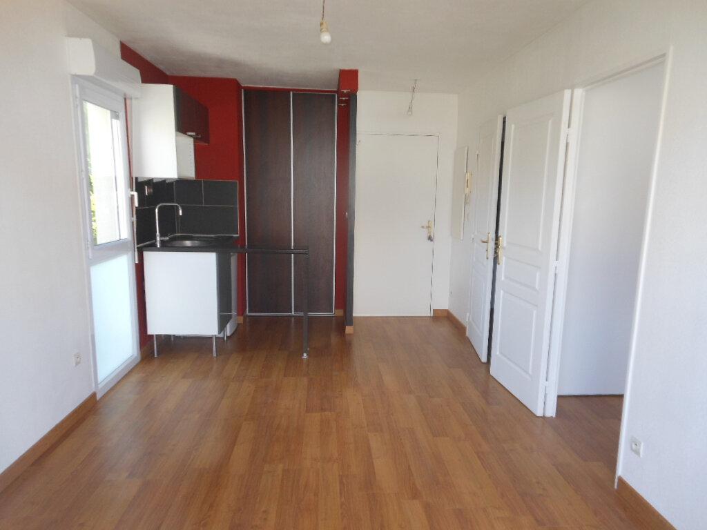 Appartement à louer 2 29.66m2 à Montpellier vignette-2