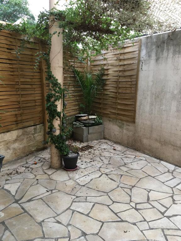 Appartement à louer 2 42.6m2 à Montpellier vignette-1