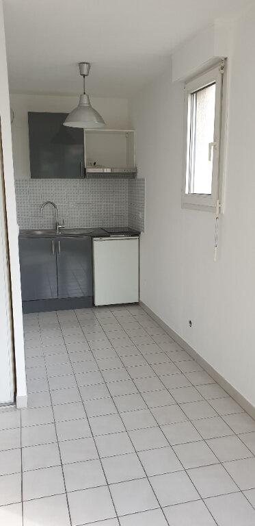 Appartement à louer 2 37.65m2 à Montpellier vignette-2