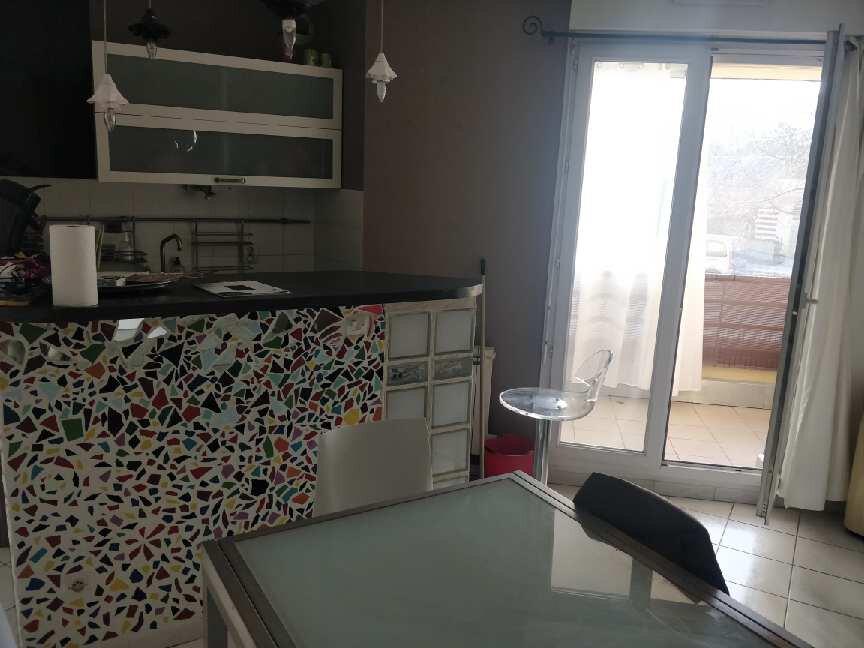 Appartement à louer 2 32.98m2 à Montpellier vignette-3