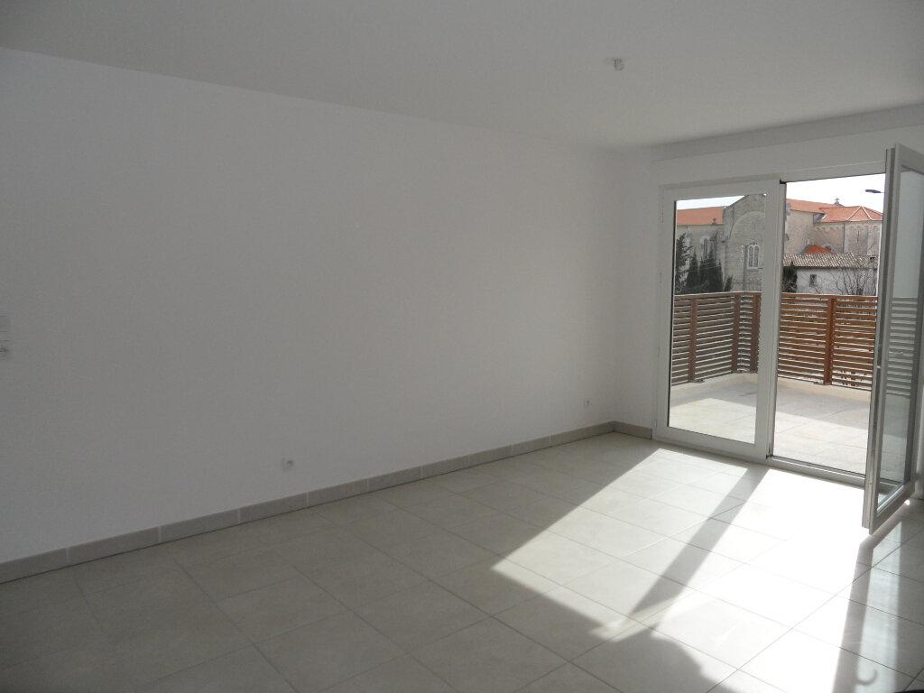 Appartement à louer 3 60.5m2 à Montpellier vignette-1