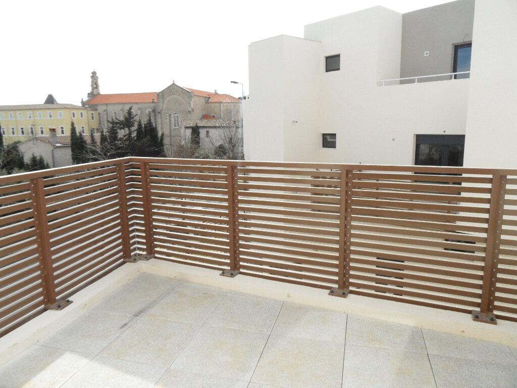 Appartement à louer 3 60.5m2 à Montpellier vignette-2