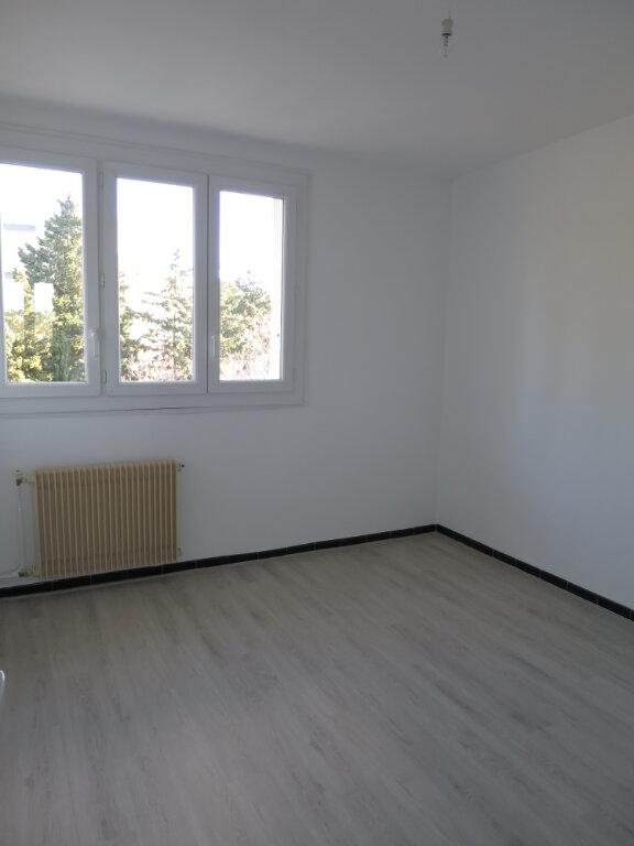 Appartement à louer 3 75.56m2 à Montpellier vignette-4