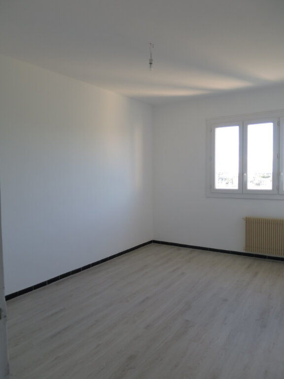 Appartement à louer 3 75.56m2 à Montpellier vignette-5