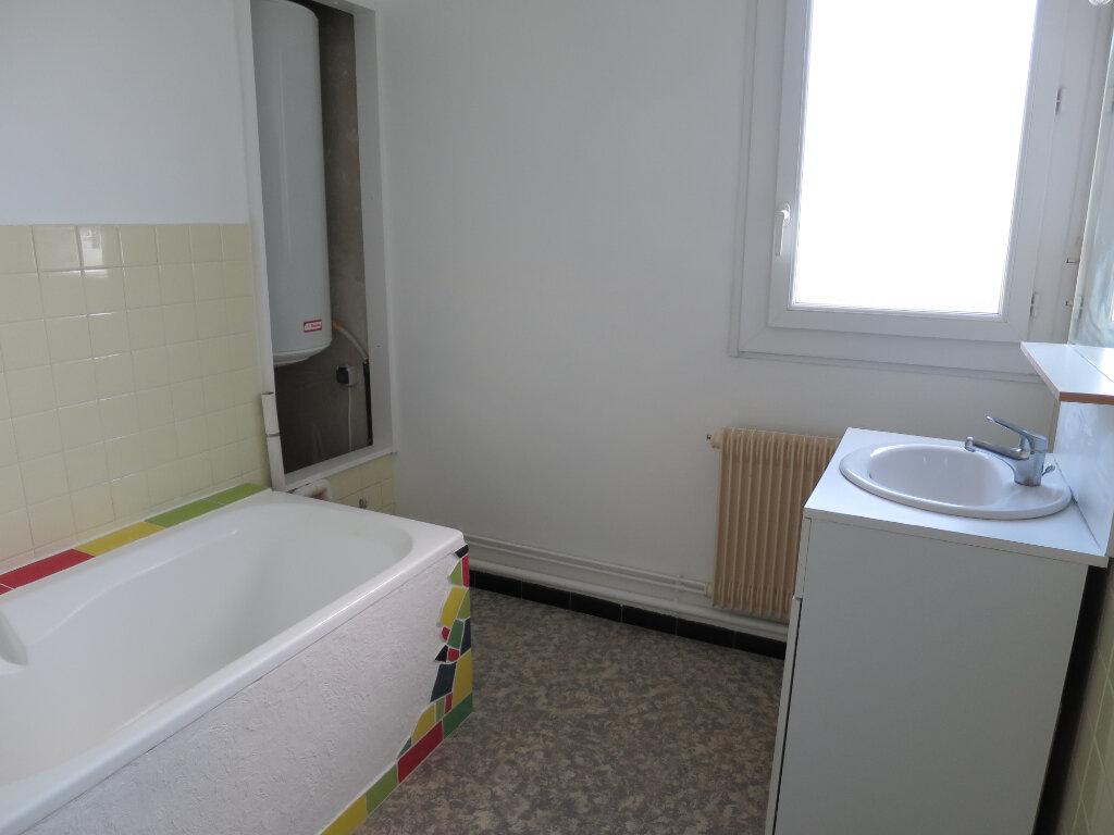 Appartement à louer 3 75.56m2 à Montpellier vignette-6