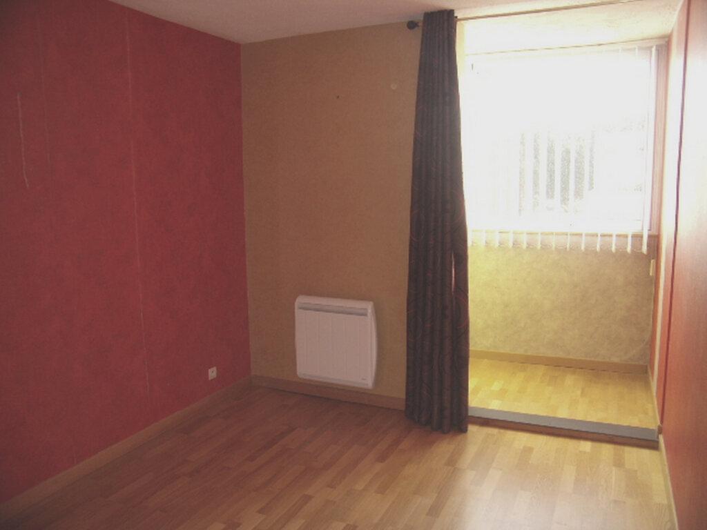 Appartement à louer 4 90m2 à Sainte-Maxime vignette-8