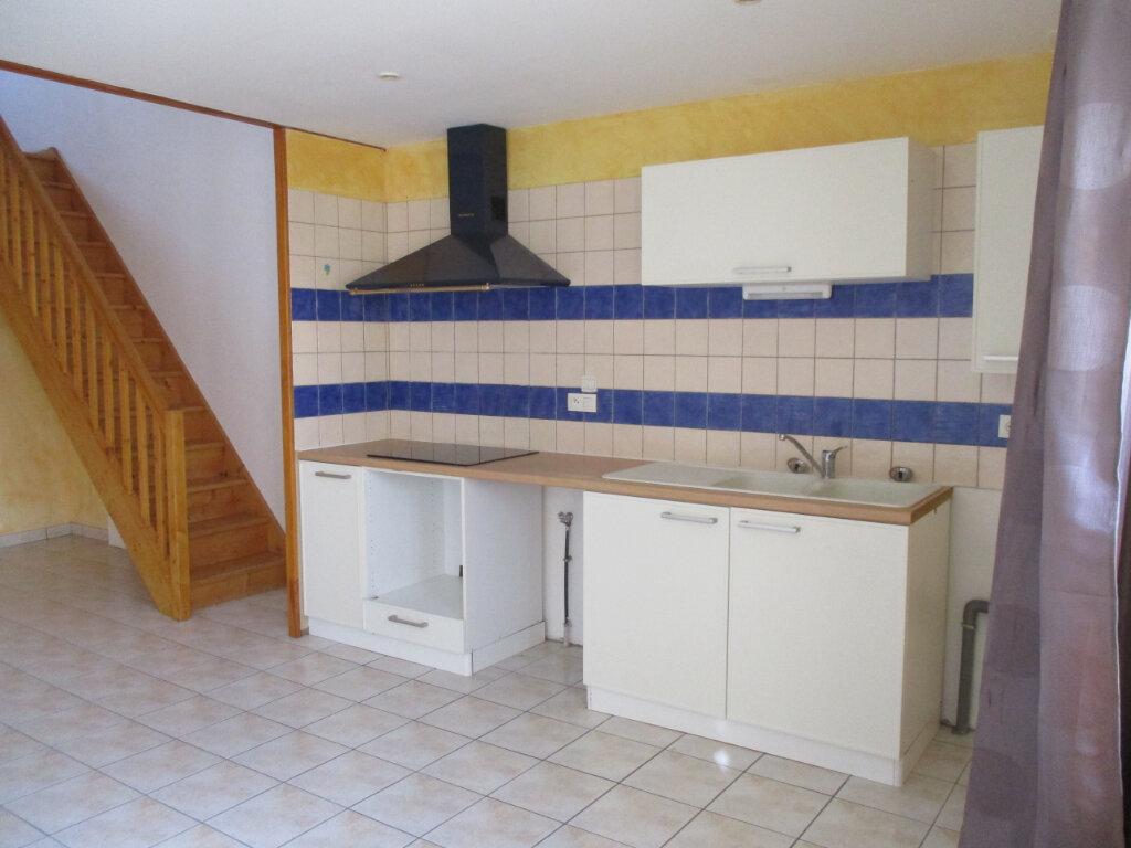 Appartement à louer 2 47m2 à Saint-Sulpice-sur-Lèze vignette-3