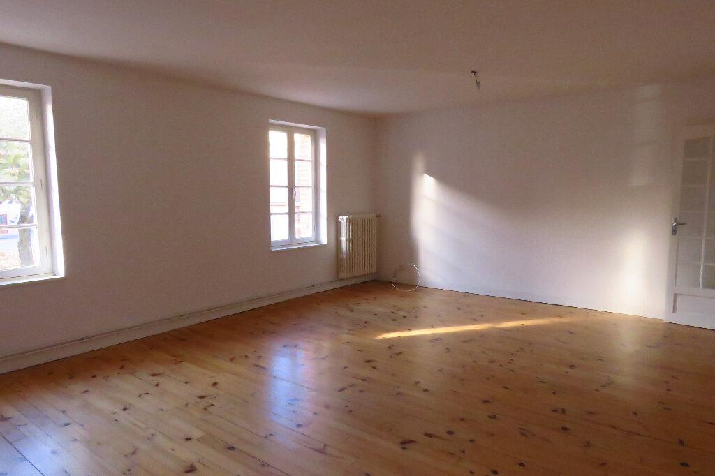 Appartement à louer 3 92.6m2 à Longages vignette-1