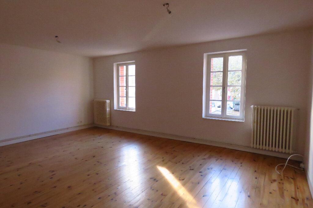 Appartement à louer 3 92.6m2 à Longages vignette-2