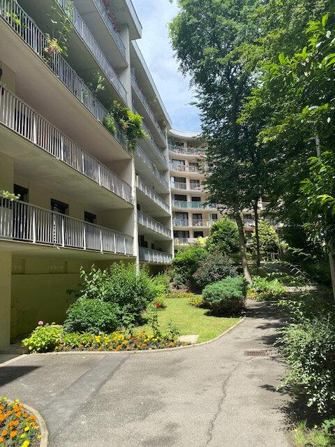 Appartement à louer 2 48.92m2 à Tremblay-en-France vignette-2