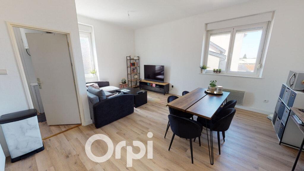 Appartement à louer 2 42m2 à Audun-le-Tiche vignette-1