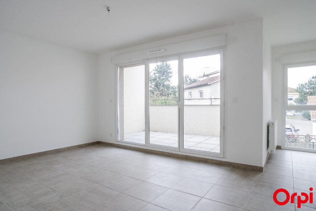 Appartement à vendre 3 61.27m2 à Craponne vignette-1