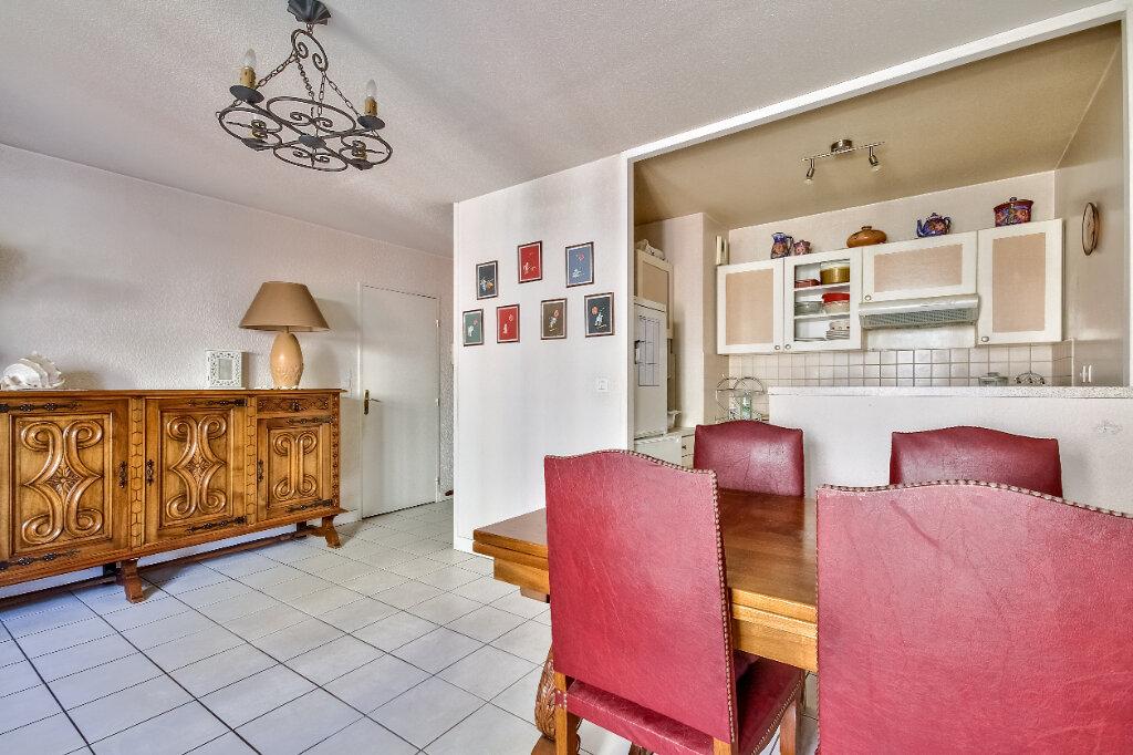 Appartement à vendre 3 56m2 à Villeurbanne vignette-2