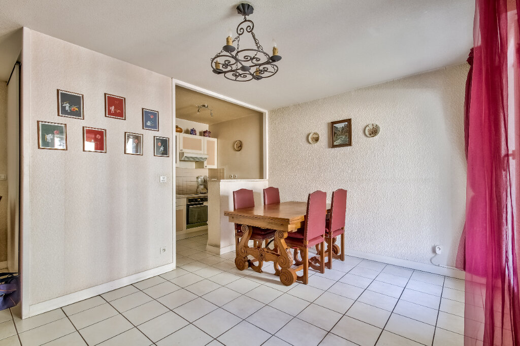 Appartement à vendre 3 56m2 à Villeurbanne vignette-3