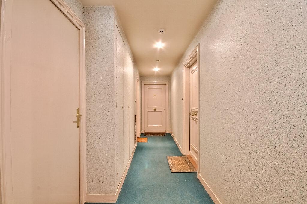 Appartement à vendre 3 56m2 à Villeurbanne vignette-11