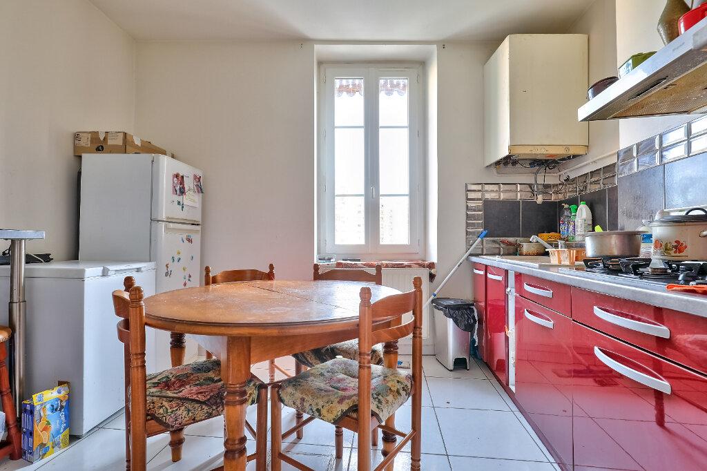 Appartement à vendre 3 71.97m2 à Villeurbanne vignette-8