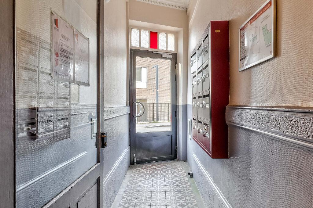Appartement à vendre 3 71.97m2 à Villeurbanne vignette-11