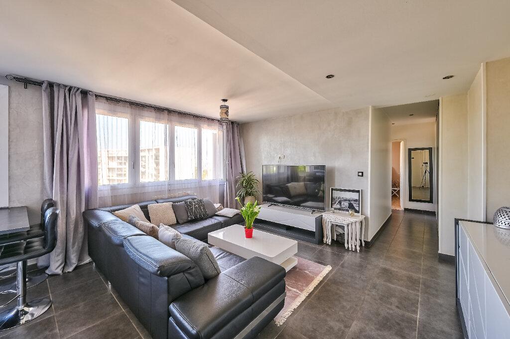 Appartement à vendre 3 57m2 à Villeurbanne vignette-2