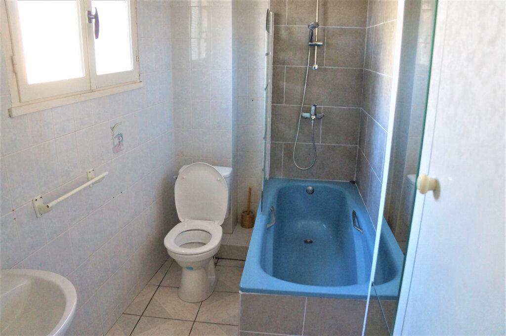 Maison à louer 2 40.3m2 à Cabestany vignette-5