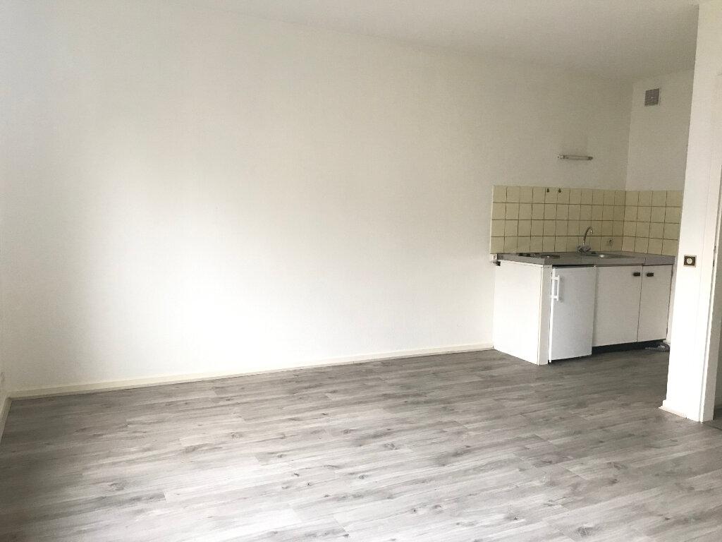 Appartement à louer 1 27m2 à Saverne vignette-2
