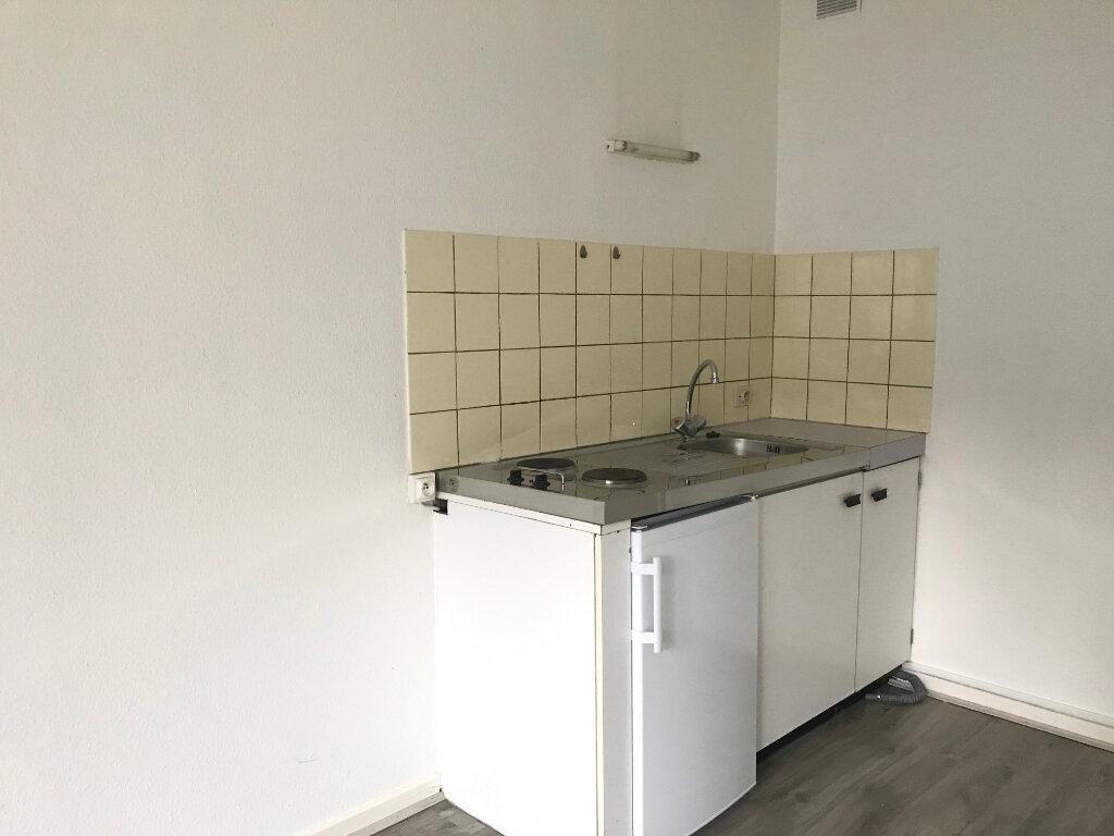 Appartement à louer 1 27m2 à Saverne vignette-3