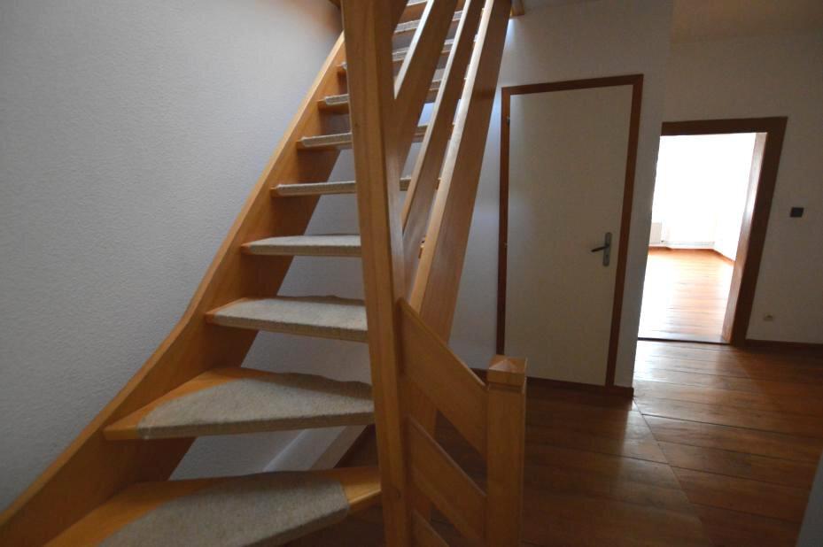 Appartement à louer 4 94m2 à Saverne vignette-4