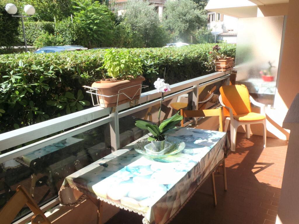 Appartement à vendre 2 35.7m2 à Roquebrune-Cap-Martin vignette-1