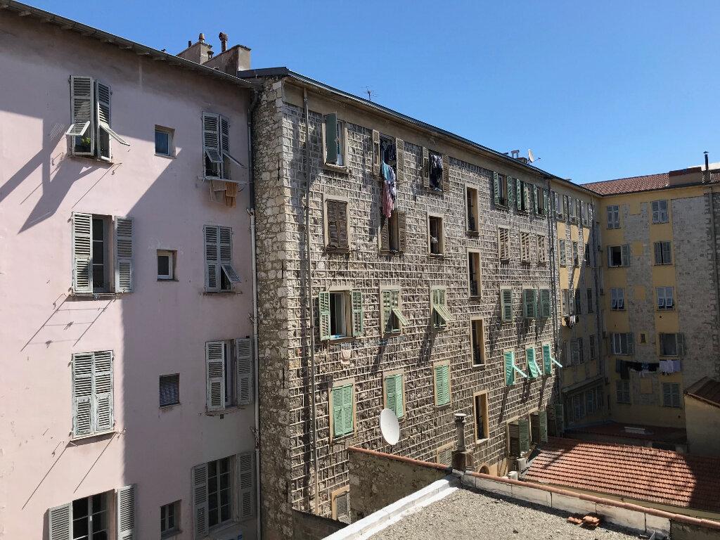 Appartement à louer 2 39m2 à Nice vignette-5