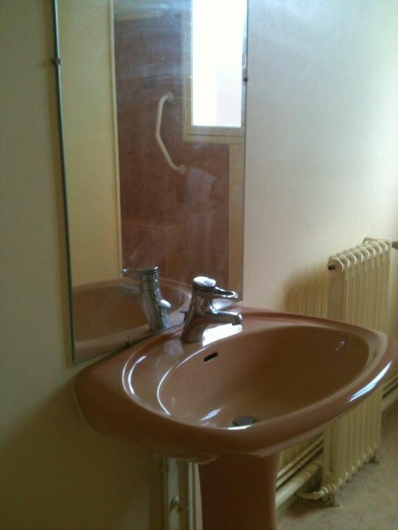 Appartement à louer 3 69m2 à Saint-Junien vignette-5