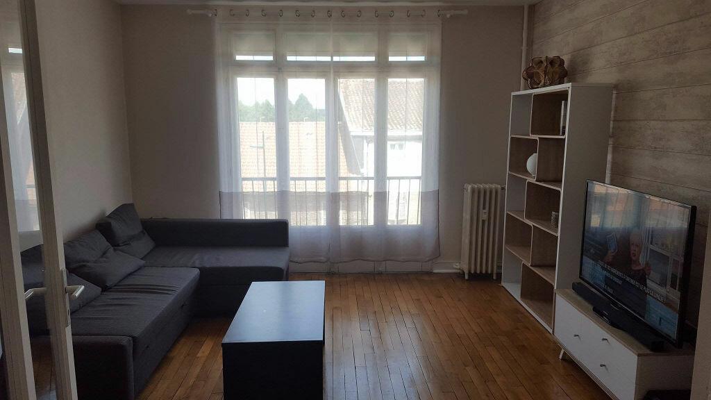 Appartement à louer 3 70m2 à Saint-Junien vignette-6
