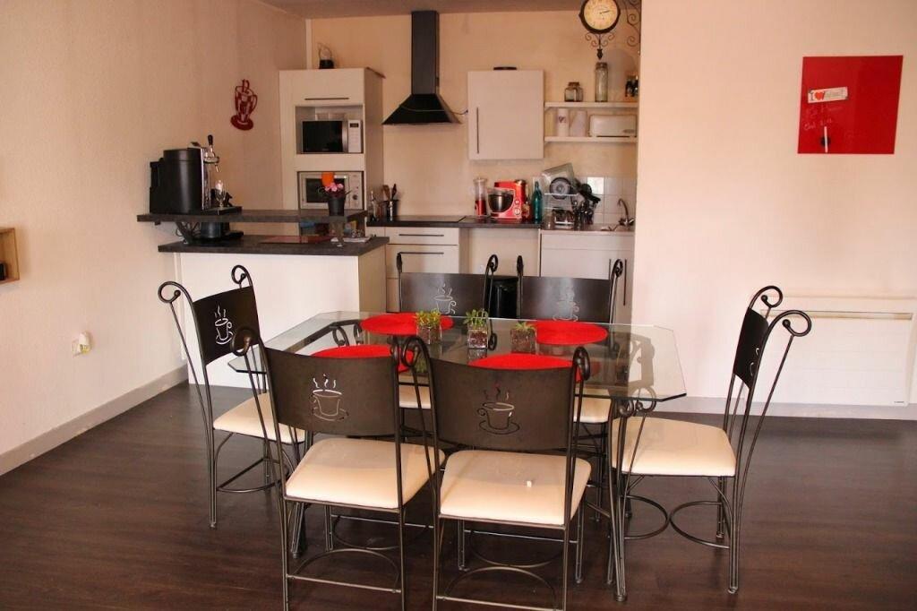 Appartement à louer 3 100m2 à Saint-Junien vignette-1