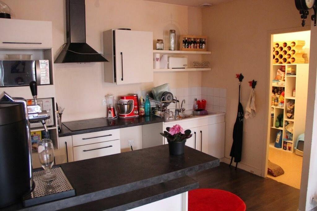 Appartement à louer 3 100m2 à Saint-Junien vignette-5