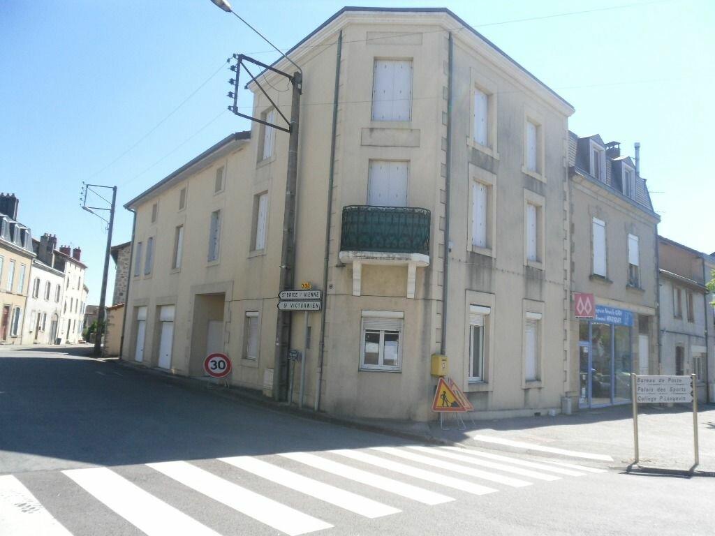 Appartement à louer 3 100m2 à Saint-Junien vignette-9