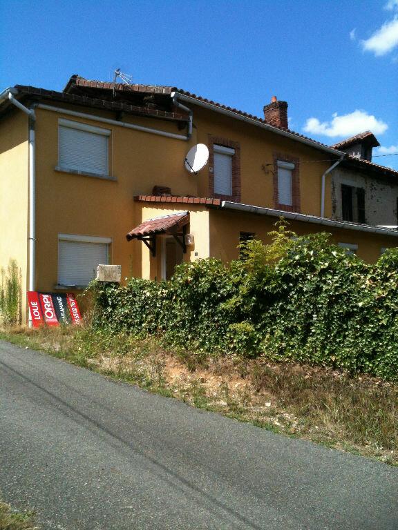 Maison à louer 4 92.77m2 à Chaillac-sur-Vienne vignette-1