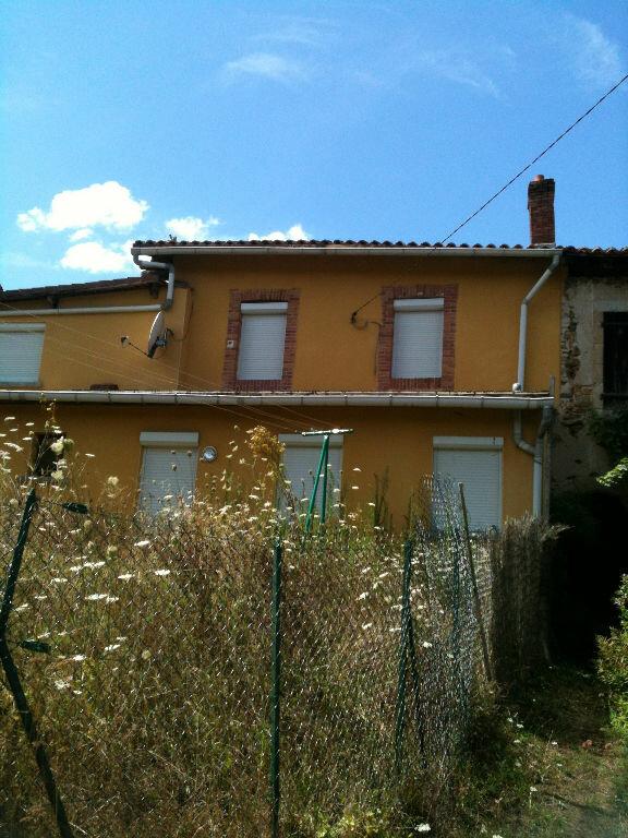 Maison à louer 4 92.77m2 à Chaillac-sur-Vienne vignette-10