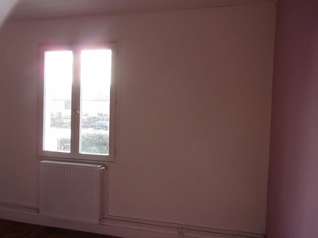 Appartement à louer 3 60m2 à Chabanais vignette-16