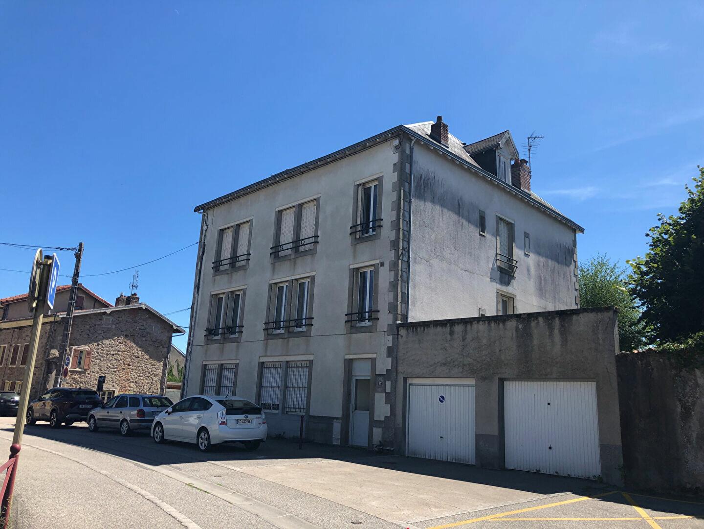 Appartement à louer 3 64m2 à Saint-Junien vignette-1