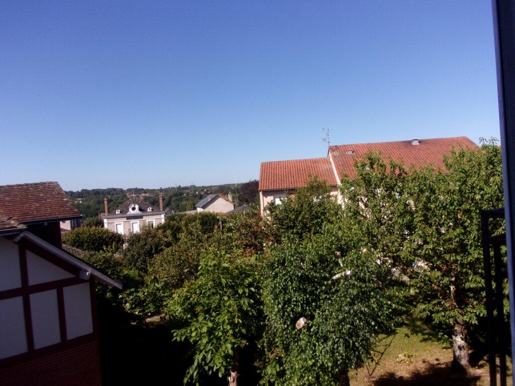 Appartement à louer 3 64m2 à Saint-Junien vignette-3
