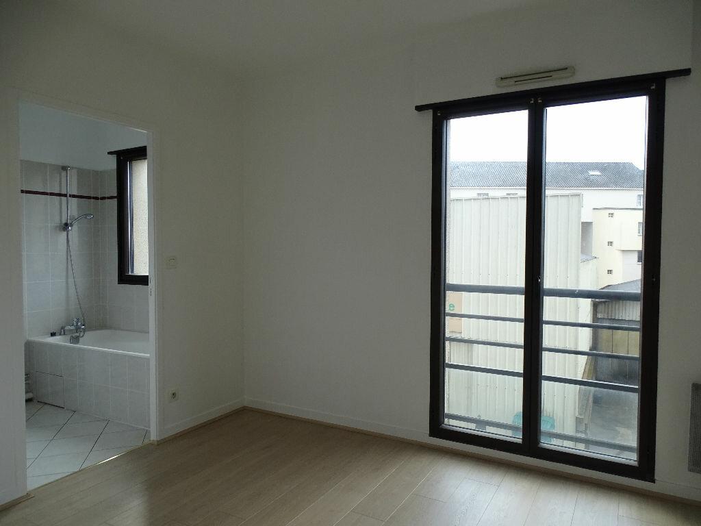 Appartement à louer 2 49.09m2 à Limoges vignette-5