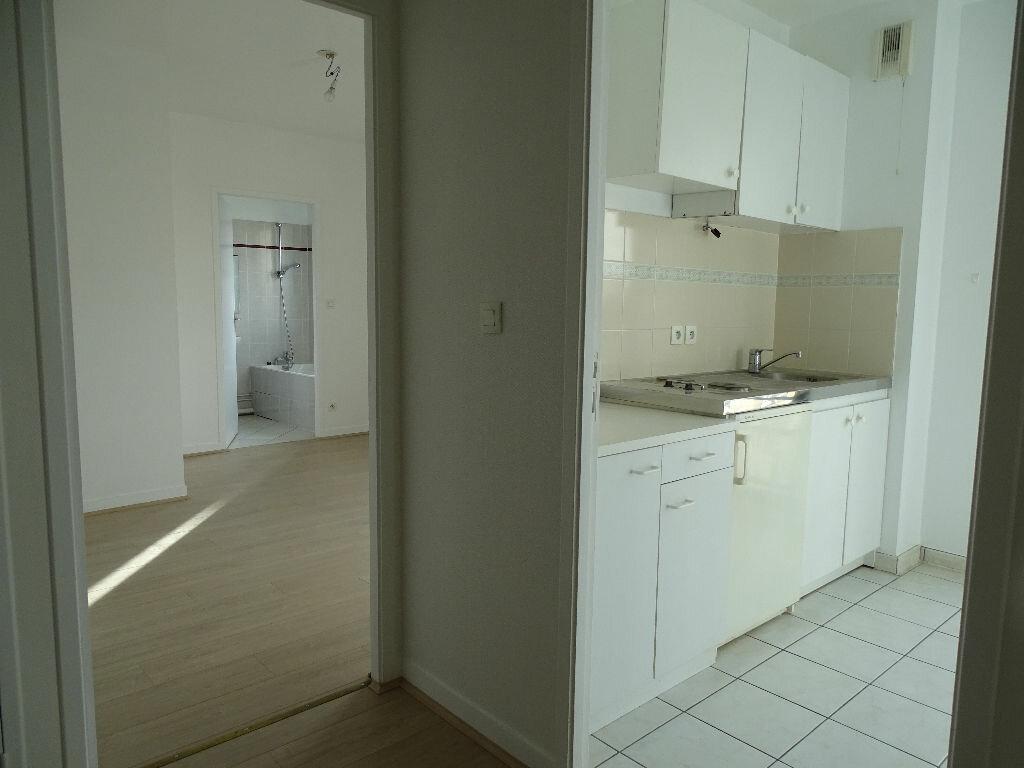 Appartement à louer 2 49.09m2 à Limoges vignette-18