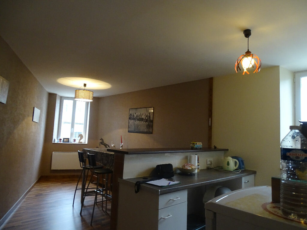 Appartement à louer 3 55m2 à Saint-Junien vignette-6