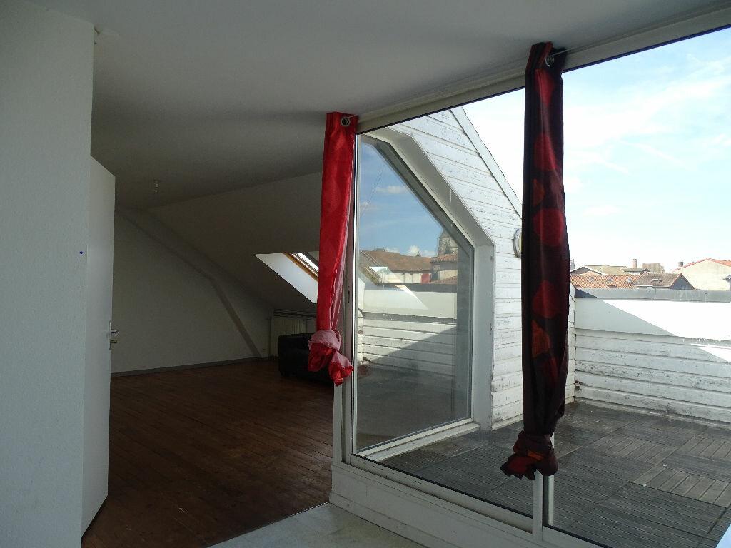 Appartement à louer 1 40m2 à Saint-Junien vignette-2