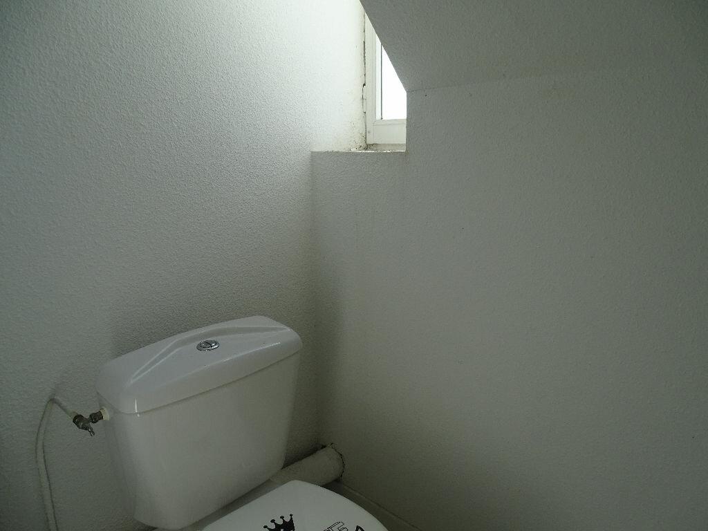 Appartement à louer 1 40m2 à Saint-Junien vignette-10