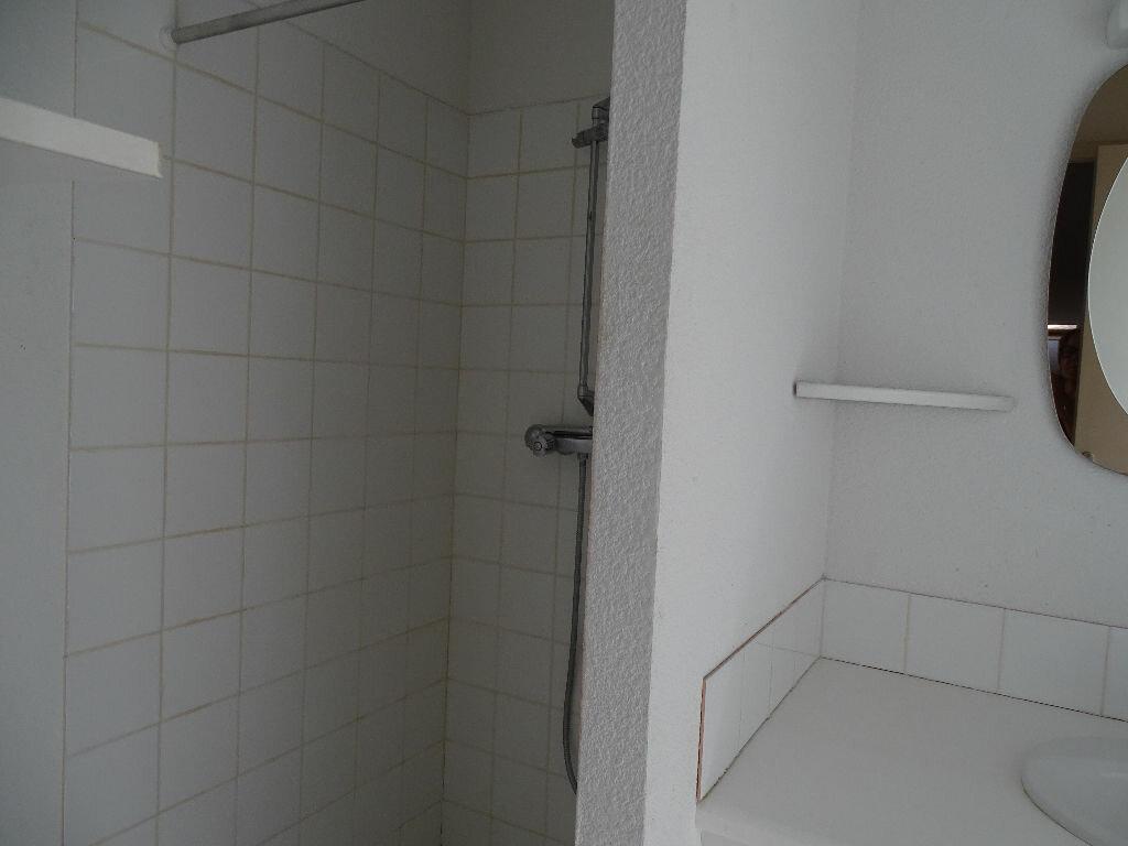 Appartement à louer 1 40m2 à Saint-Junien vignette-11